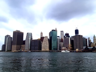 Manhattan skyline from Brooklyn Bridge Park